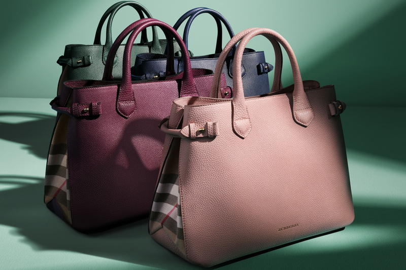 Up to 53% OFF Burberry Hangbags, Wallet @ JomaShop.com