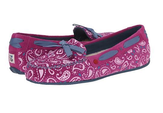 UGG Belle Paisley On Sale @ 6PM.com