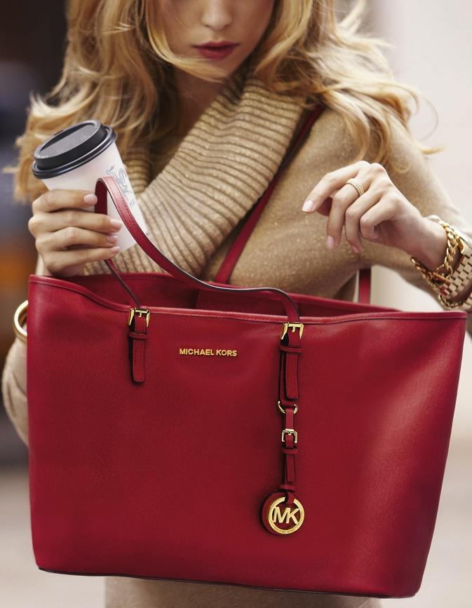Up to 40% Off MICHAEL MICHAEL KORS Handbags @ Lord & Taylor
