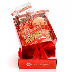 $99 for Gift Basket + Free Gift American Ginseng +Dried Abalone Style Shellfish+ Dried Fructus Lycii @ TS