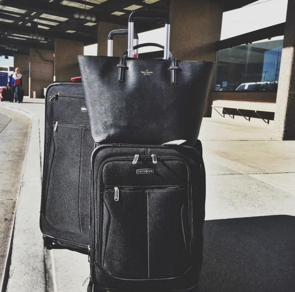 Up to 63% Off Samsonite Spinner Suitcase @ Saks Off 5th