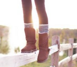 Up to 43% Off Bearpaw Boots @ 6PM.com