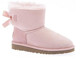 Extra 25% off Select UGG Shoes on Sale @ The Walking Company