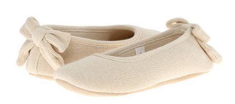 Up to 70% Off ISOTONER Signature Slippers @ 6PM