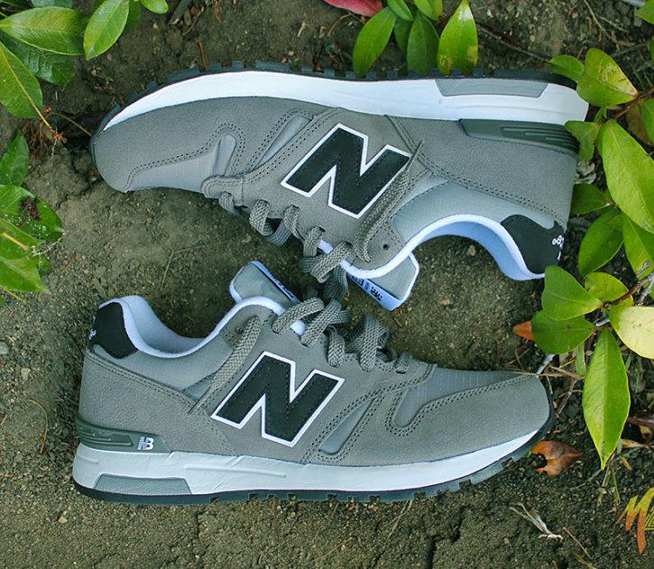 Up to 62% Off+Extra 20% Off New Balance Shoes @ Famous Footwear