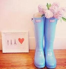 Up to 50% Off Hunter Boots @ 6PM