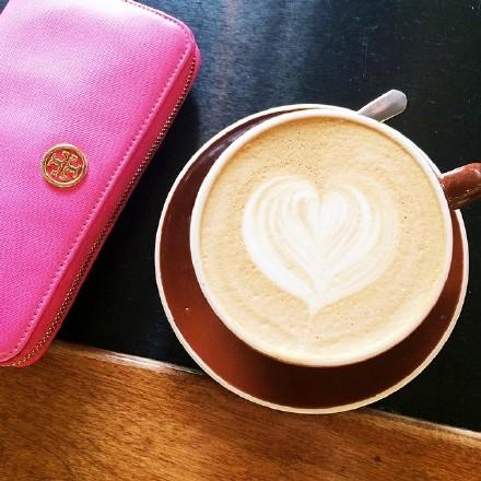 Up to 60% Off Select Wallets, Card Cases, Coin Cases @ Tory Burch