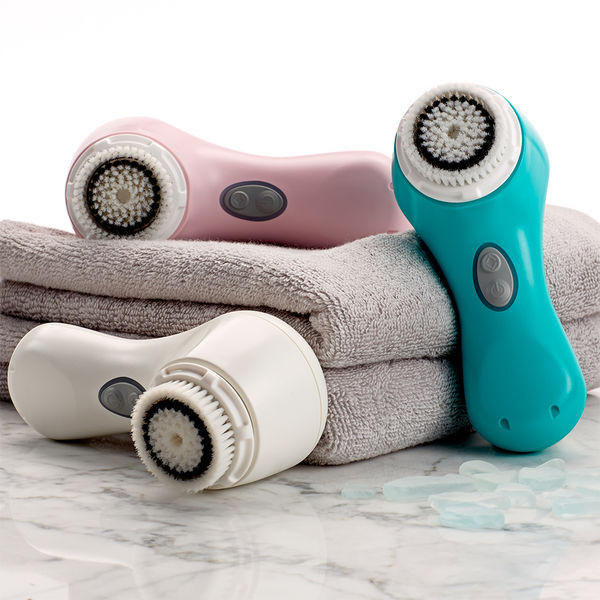 Black Friday Sale! 20% Off + FREE Brush Head of your choice With Any Order @ Clarisonic