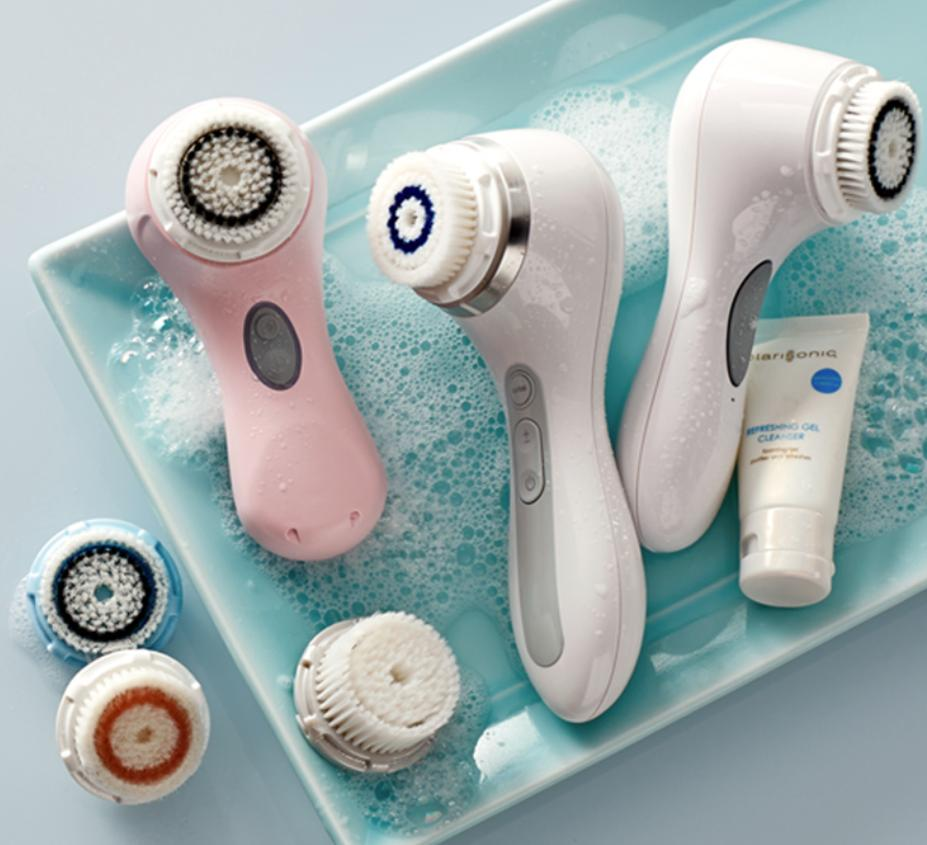 Cyber Monday Sale! 25% Off All Devices + FREE Brush Head of your choice + 3 Free Samples @ Clarisonic