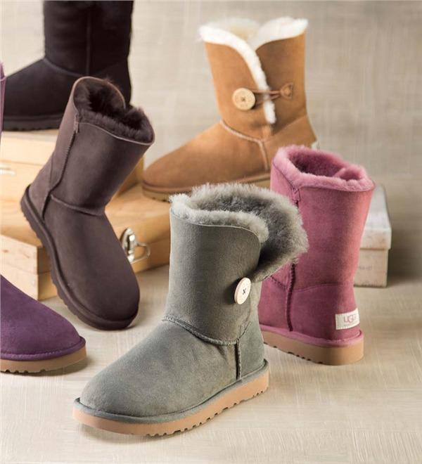 Up to 30% Off UGG Australia Shoes @ Shoes.com