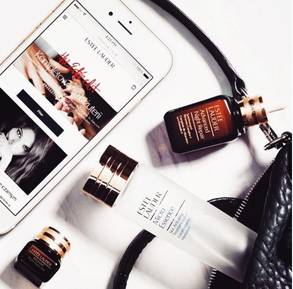 Cyber Monday Sale! 10% Off + Free Gifts + Gold Earphone with Estee Lauder purchase @ Bloomingdales