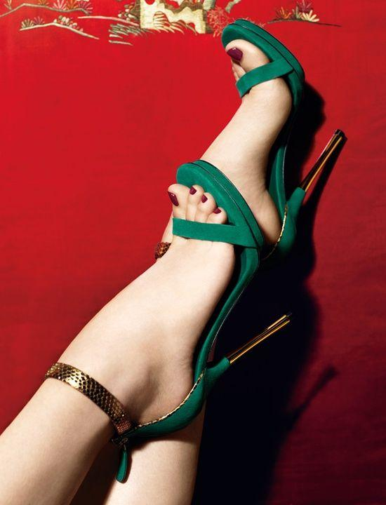 Up to 40% Off Gucci Shoes @ Saks Fifth Avenue