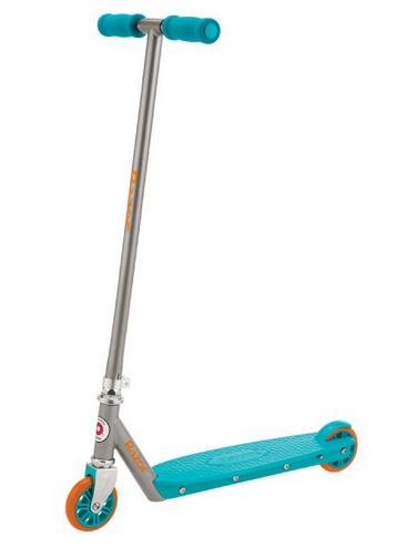 Up to 75% Off Select Razor Scooters & Ride-Ons @ Amazon.com