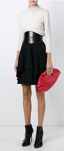 Up to 50% off Designer Sale Clutches @ Farfetch