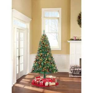 27.18 Holiday Time Pre-Lit 6.5' Madison Pine Artificial Christmas Tree with Lights