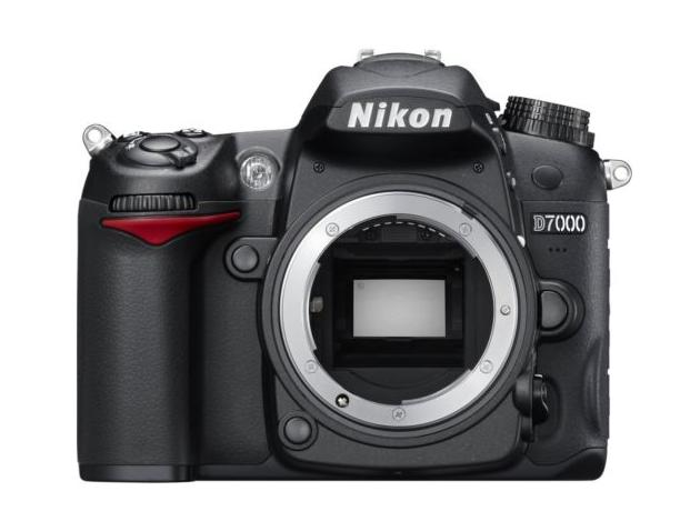 (Manufacturer refurbished) Nikon D7000 16.2MP DSLR Camera with 3.0-Inch LCD (Body Only)