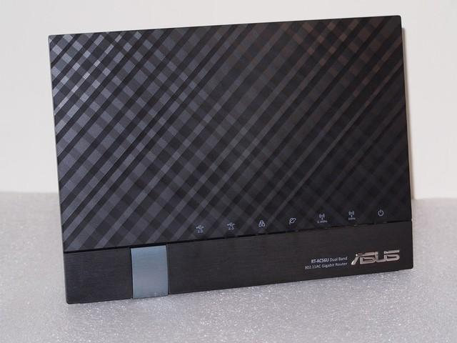 ASUS RT-AC56U Dual-Band Wireless-AC1200 Gigabit Router REFURBISHED