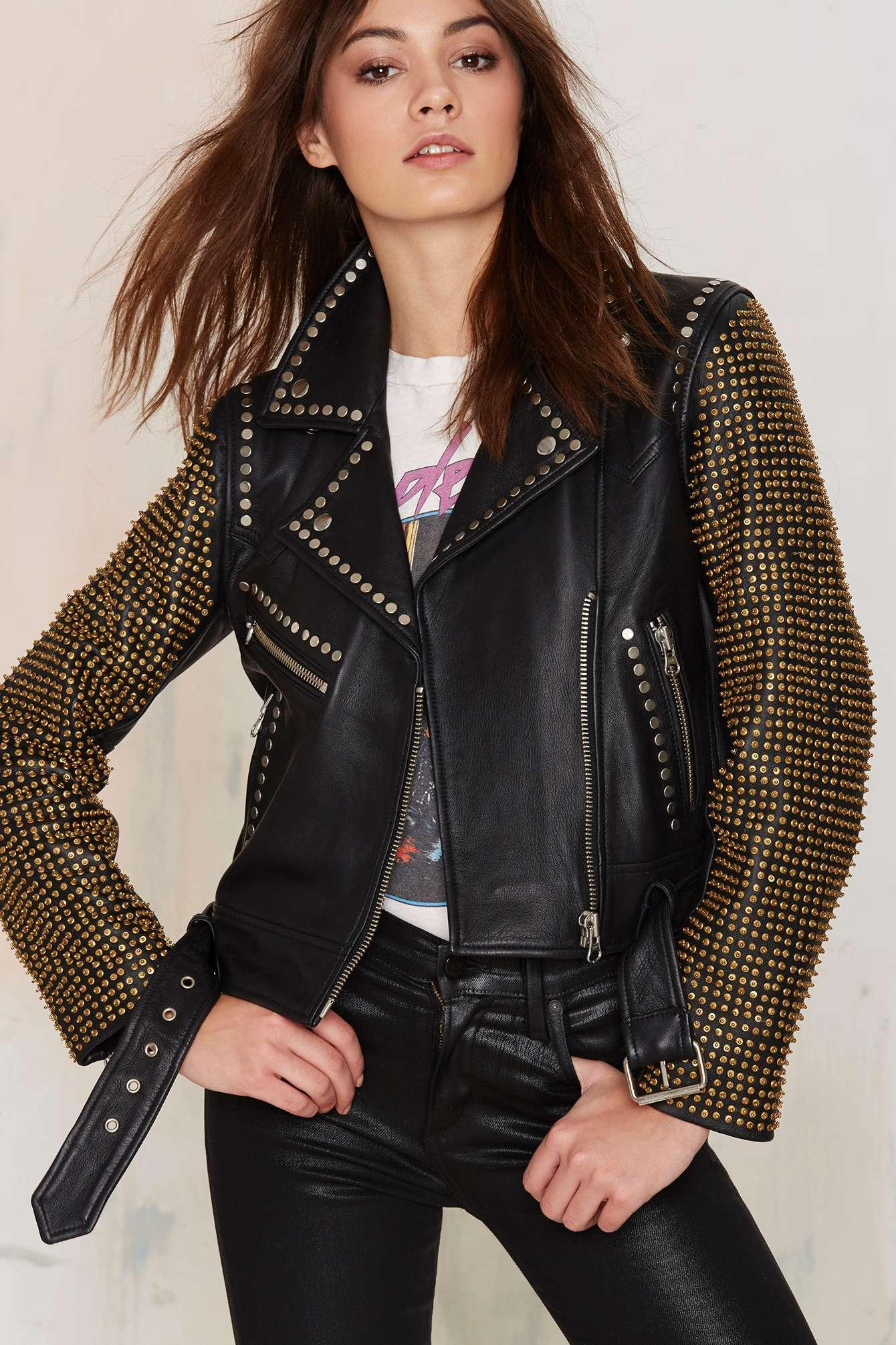 Extra 40% OFF Markdown Items @ Nasty Gal