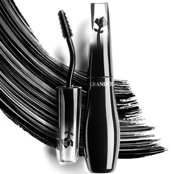 15% Off + 7 deluxe samples Mascara Sale @ Lancome