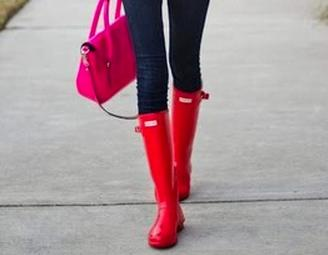 Up to 70% Off + Extra 15% off Rain Boots Sale @ 6PM.com