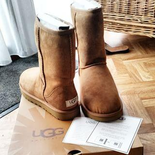 Up to 38% Off Select UGG Classic Collection @ The Walking Company