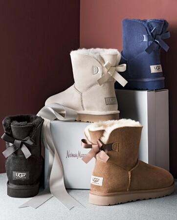 UGG Australia Women's Mini Bailey Bow Boot @ Amazon