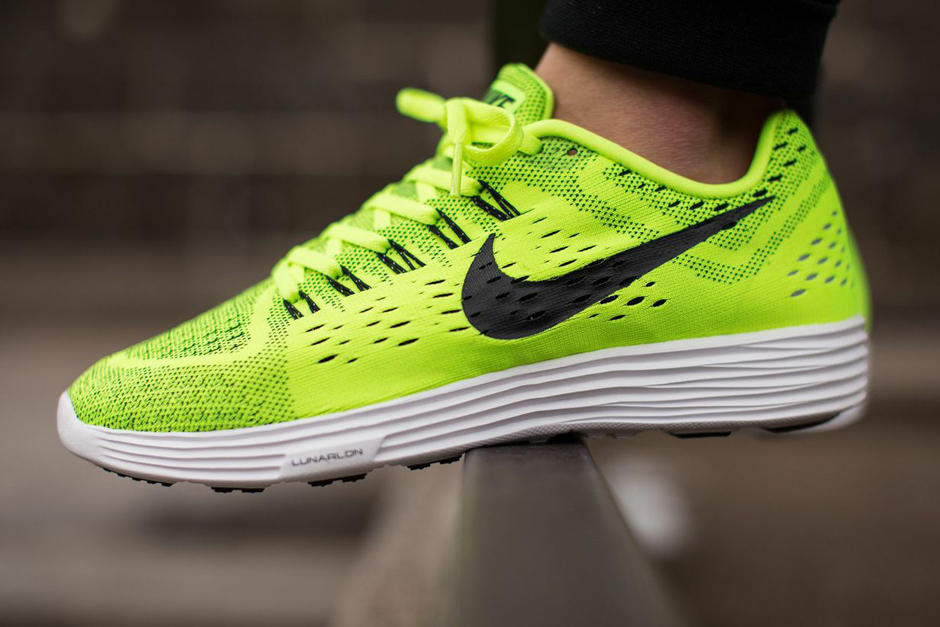 Nike LunarTempo Running Shoes (Various Colors)