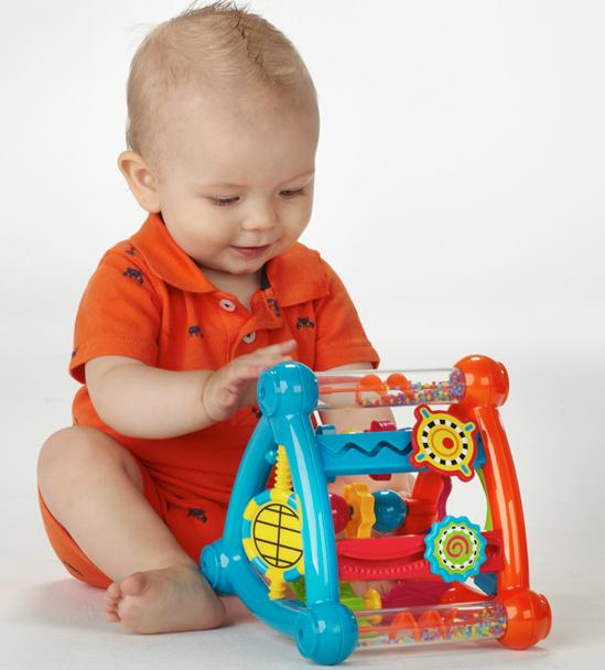 Infantino Activity Triangle @ Amazon