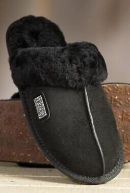 Australia Luxe Sheepskin Closed Mule Slipper @ Gilt