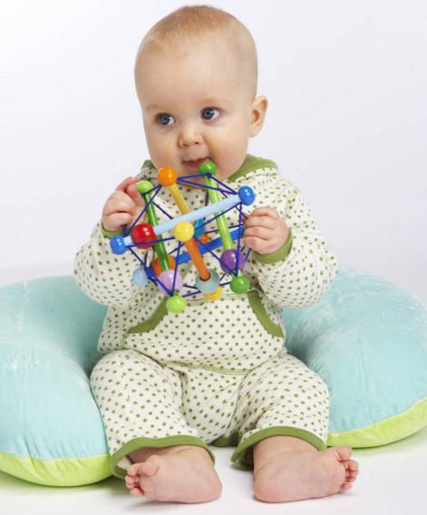 Manhattan Toy Skwish Classic Rattle and Teether Grasping Activity Toy @ Amazon