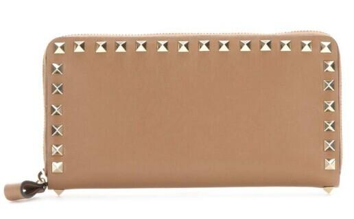 VALENTINO Rockstud leather wallet @ Mytheresa