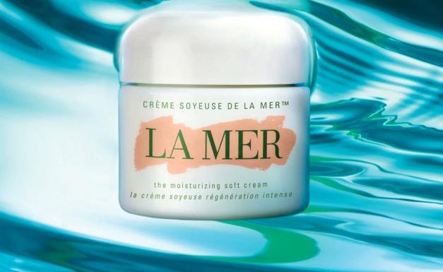 Earn Up to a $700 Gift Card with Any La mer Purchase @ Saks Fifth Avenue