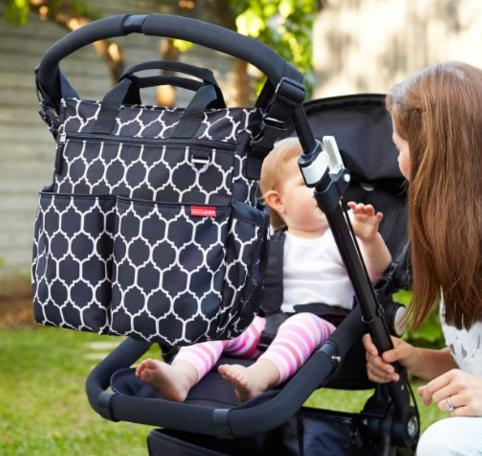 Skip Hop Duo Signature Diaper Bag, Onyx Tile @Amazon