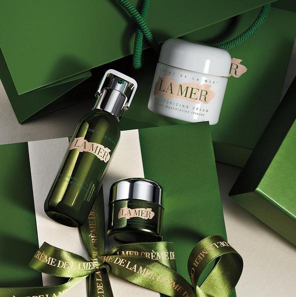 Free Illuminating Eye Gel Deluxe Sample With Any Purchase @ La Mer