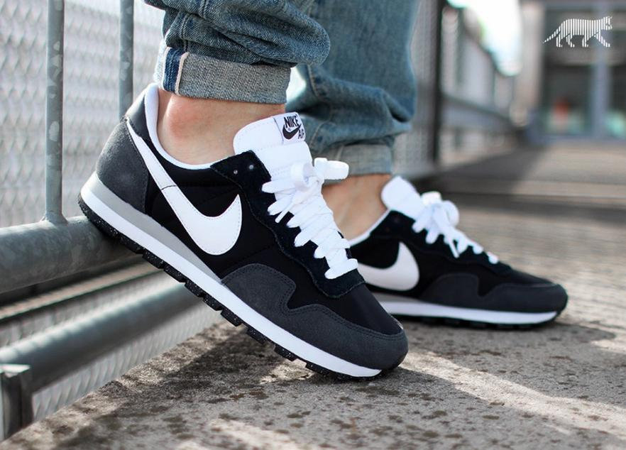 Nike Air Pegasus 83 Men's Shoes