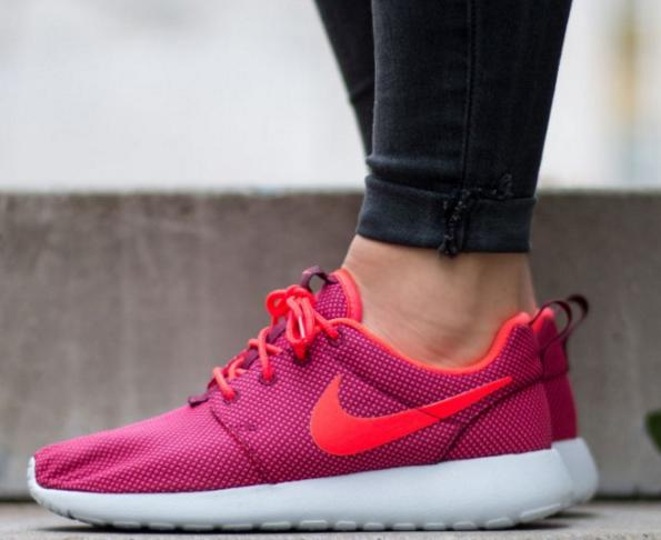 Nike Roshe One Women's Sneaker On Sale @ 6PM.com