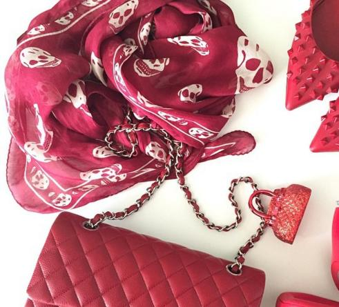 Up to 66% Off Alexander McQueen Scarves On Sale @ Saks Off 5th