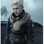 Up to 70% Off Moncler, Duvetica & More Designer Outerwear On Sale @ Gilt