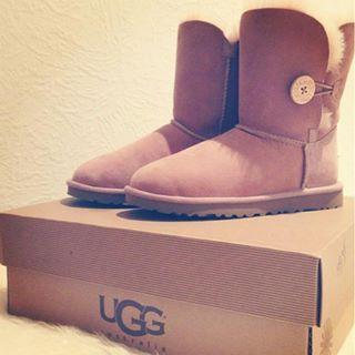 Up to 30% Off Select UGG Boots @ Bloomingdales