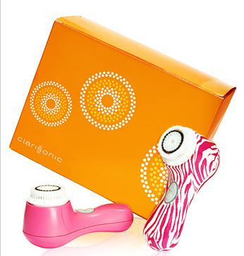 Only $150 Clarisonic Mia 2 Duo Set @ macys.com