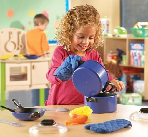 $16.75 Learning Resources Pretend & Play Pro Chef Set @ Amazon