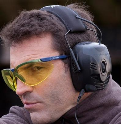 Howard Leight by Honeywell R-01902 Impact Pro Sound Amplification Electronic Earmuff