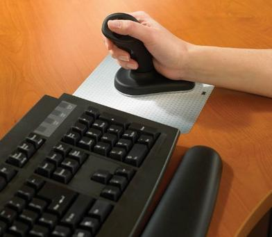 3M Wireless Ergonomic Mouse, Small Size, Black (EM550GPS)