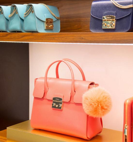Up to 40% Off + From $35 Furla Handbags, Wallets & Accessories On Sale @ Gilt