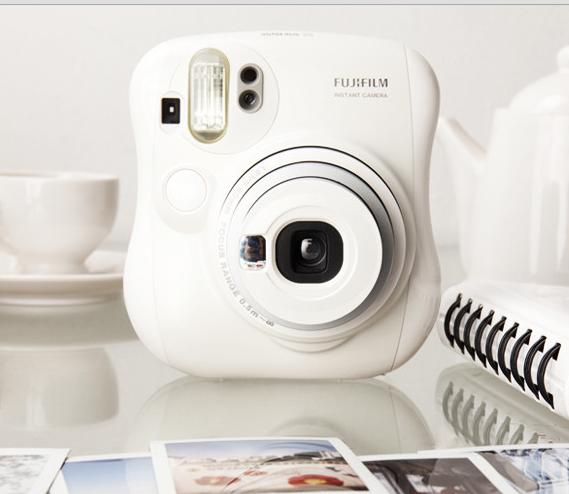 $67.91 Fujifilm Instax MINI 25 Instant Film Camera