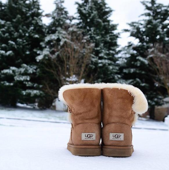 Up to 50% Off UGG Sale @ Saks Off 5th