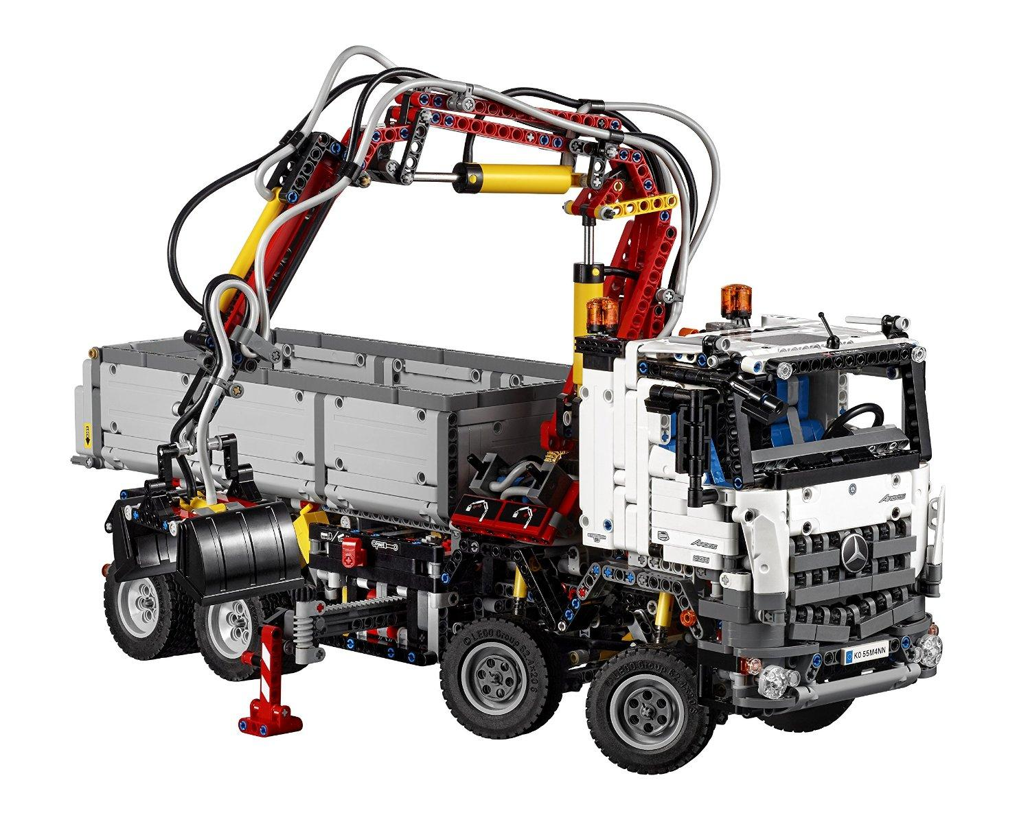 $188.54 LEGO 42043 Technic Mercedes-Benz Arocs 3245