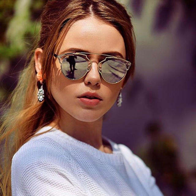 Last Day! Up to $900 Gift Card Dior So Real Sunglasses Sale @ Saks Fifth Avenue