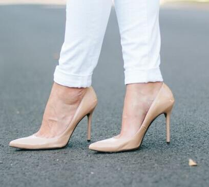 Up to 74% Off Stuart Weitzman Shoes @ Saks Off 5th