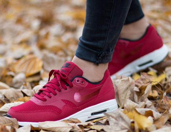 Nike 'Air Max 1' Women's Sneaker On Sale @ Nordstrom